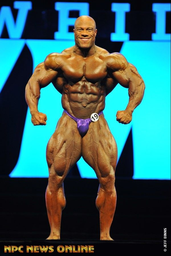 PHIL HEATH Men's Bodybuilding overall 1st 2016 IFBB Mr. Olympia
