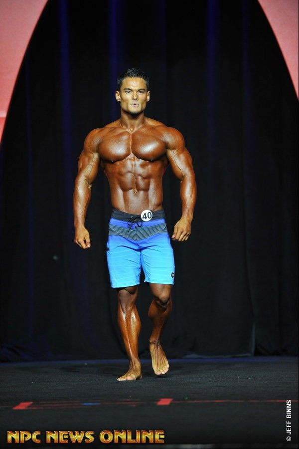 JEREMY BUENDIA Men's Physique overall 1st 2016 IFBB Mr. Olympia