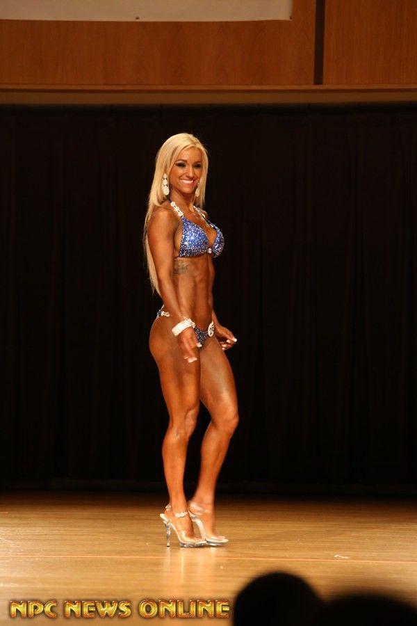 ERICA ZIZNOVSKIS bikini Class A 1st 2016 NPC Fort Wayne Flex