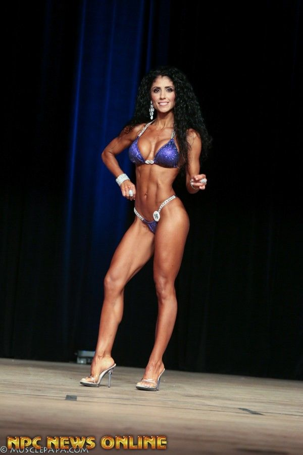 MICHELLE SYLVIA Masters Bikini overall 1st 2016 IFFB Fort Lauderdale Cup